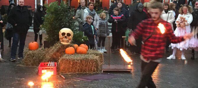 SE VIDEO – Halloween med flammer og ild